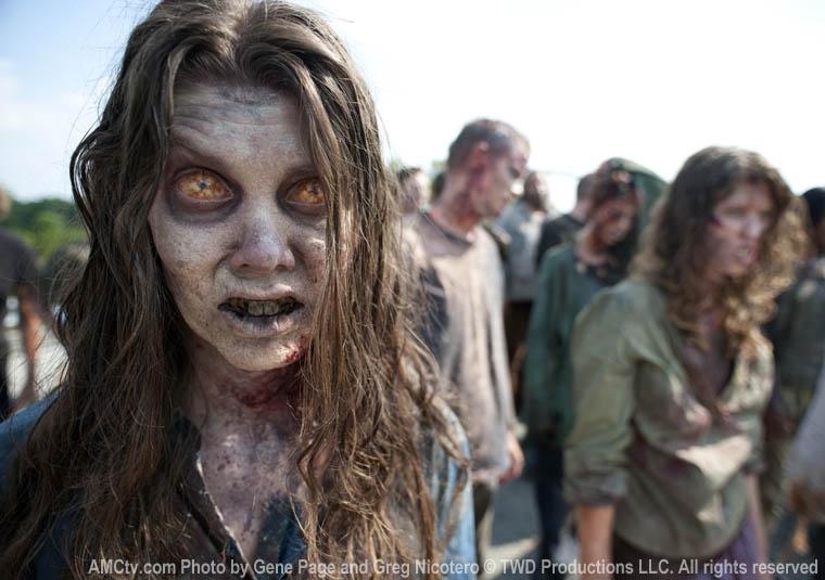 Walking Dead Season 2 pic2